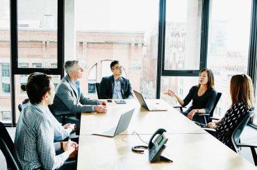 آشنایی با انواع مدل های کسب و کار و مقایسه ویژگیهای آنها با یکدیگر