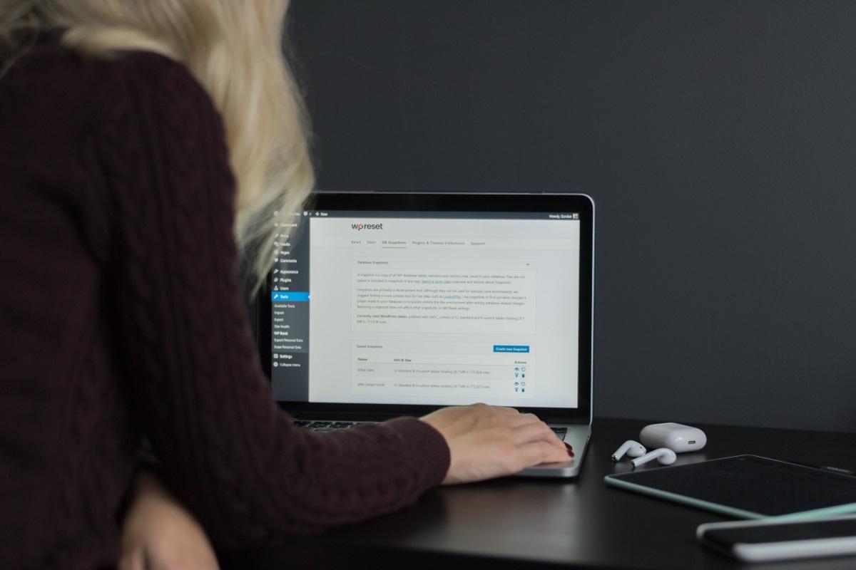آموزش گذاشتن فاو آیکون در سایتهای وردپرسی